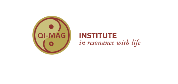 Qi Mag LogoNEU RGB2 Geomantie
